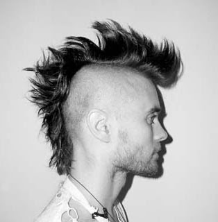 cabelo masculino moicano passo a passo