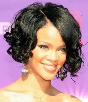 Fotos de cabelo chanel cacheado - Rihanna