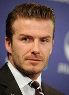 David Beckham com topete