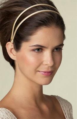 Fotos de penteados com tiara para cabelos curtos e lisos
