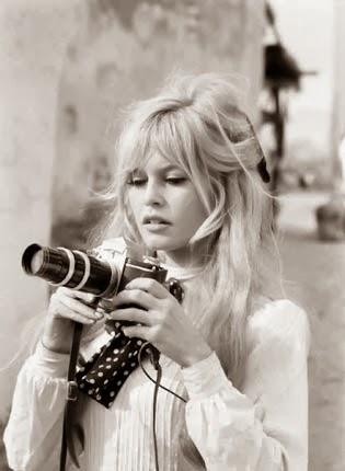 penteados anos 60 da Brigitte Bardot