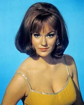 penteados para baile dos anos 60 feminino para cabelos médios