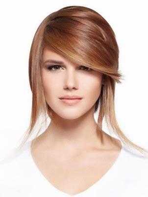 Penteados para cabelos curtos lisos com franja