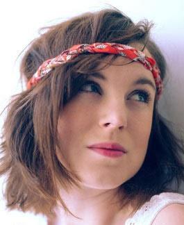 Fotos de penteado hipster bagunçado para cabelo curto liso