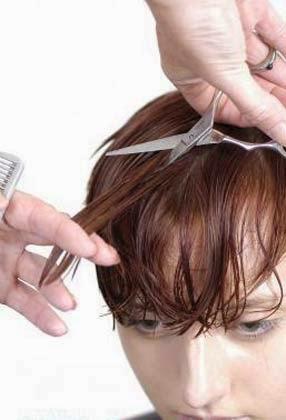 como cortar o cabelo feminino sozinha em casa