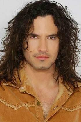 cabelos compridos para homens