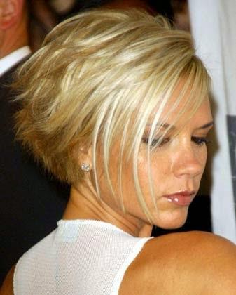 Modelo de corte de cabelo liso