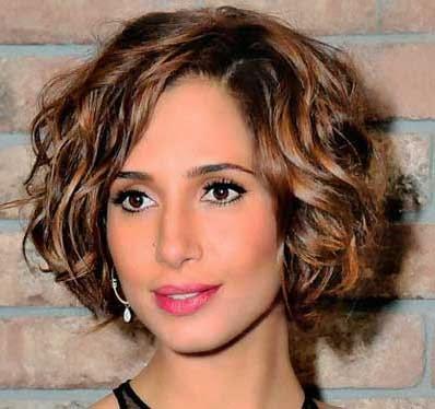 cortes de cabelo medio cacheado inverno 2014 chanel