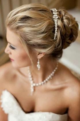 penteados com tiara para formatura ou festas