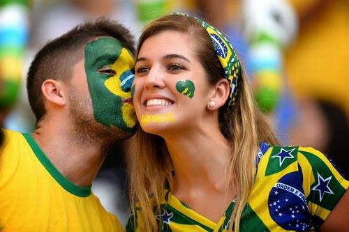 Penteados para ver o jogo do Brasil