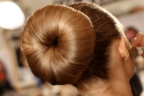 penteados da moda para madrinha de casamento