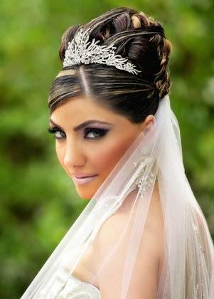 coques para noivas com véu