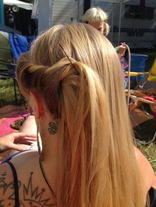 penteados com cabelos soltos passo a passo