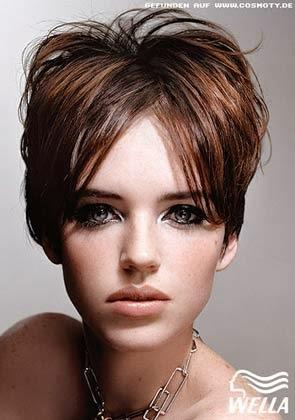 Corte de cabelo curto para testa grande