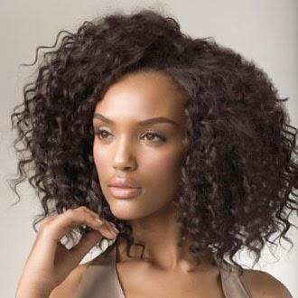 Como diminuir a testa com cabelos crespos