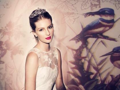 cabelos e arranjos para noivas