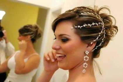 arranjos para noivas cabelos curtos