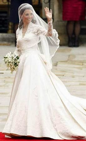 penteados para noivas com véu e coroa