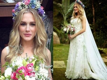 penteados para noivas com véu e flor