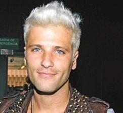 fotos de cabelos platinados para homens